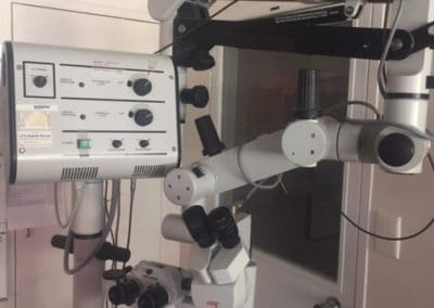 M690 Surgical microscope with MEL48 Motorised zoom and focus microscope - Wild Heerbrugg